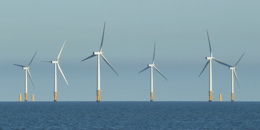 Offshore_windfarm,_Skegness_-_geograph.org.uk_-_2687237.jpg