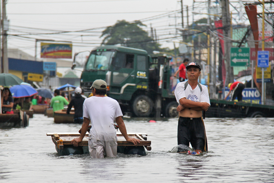 Photo of flooding from Typhoon Ondoy in the Philippines